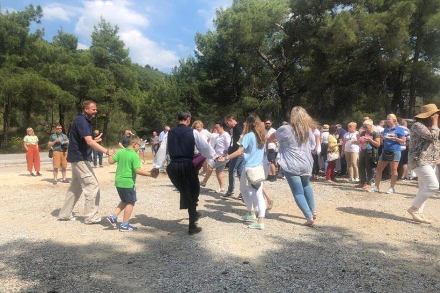 «Σουρπράιζ» σε 190 Πολωνούς από το Επιμελητήριο